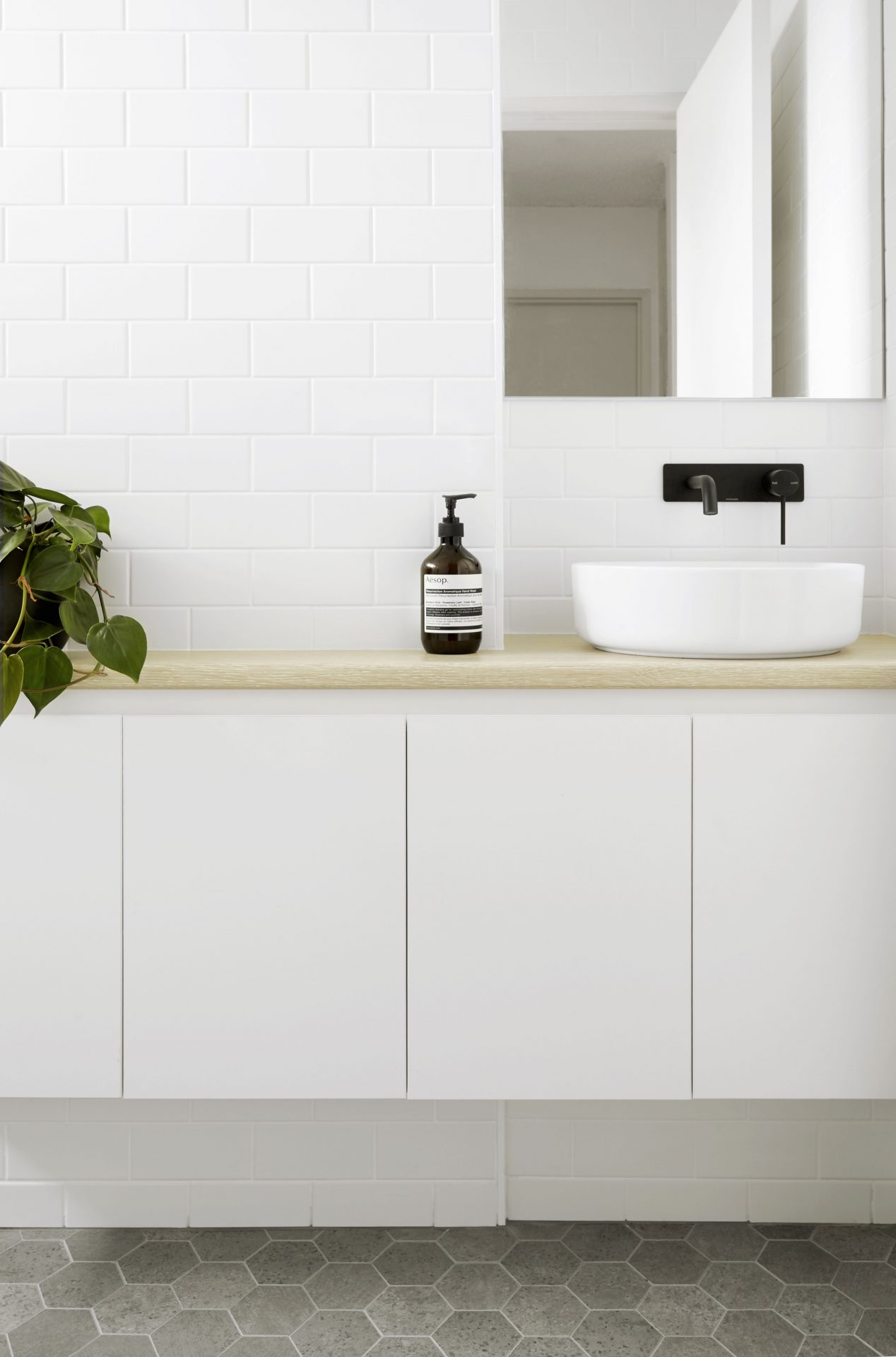 After - fresh and contemporary bathroom makeover